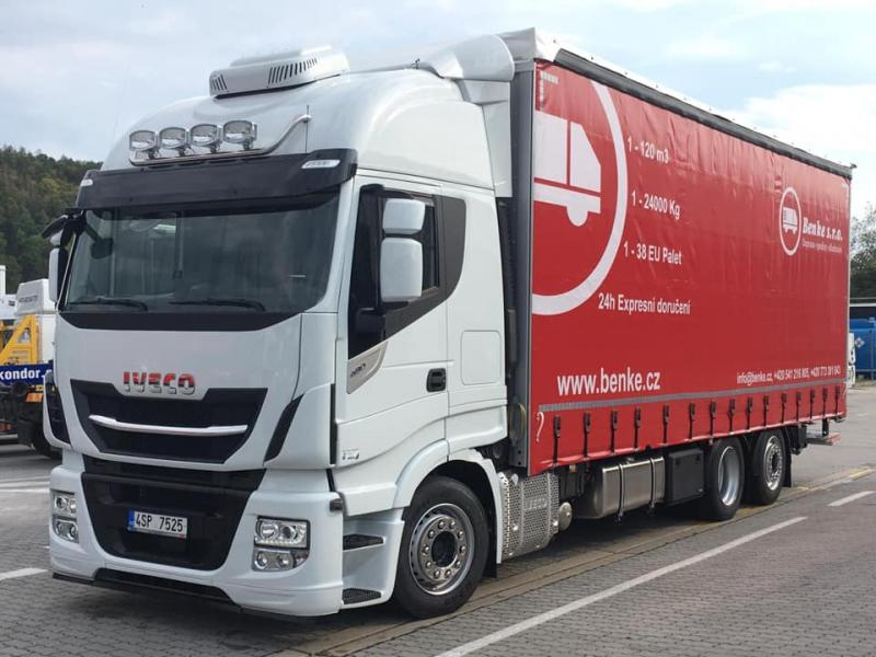 New Iveco Stralis with Hydraulic Front